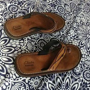 Clark's woman's leather sandals
